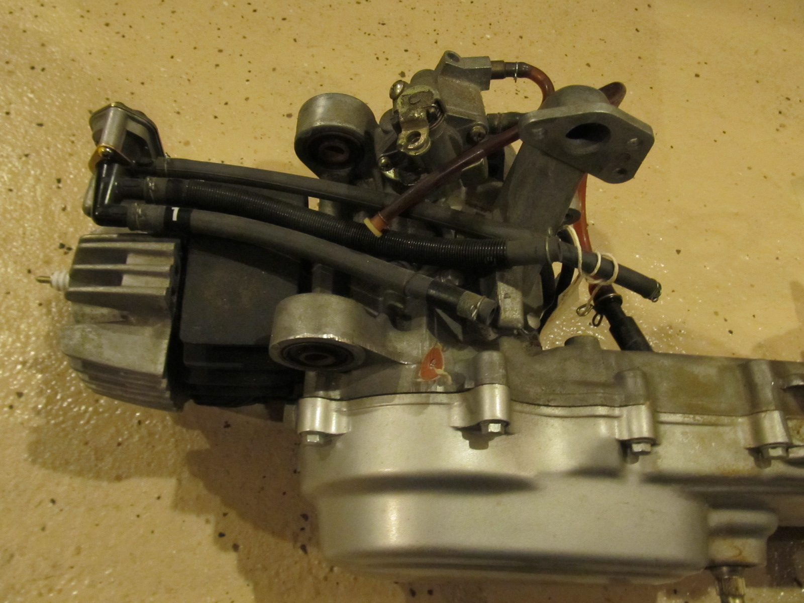 mopeds nos honda nc 50 b nc50b nc50 b automatic 2 speed engine motor please click on the image to see more pictures of each motor